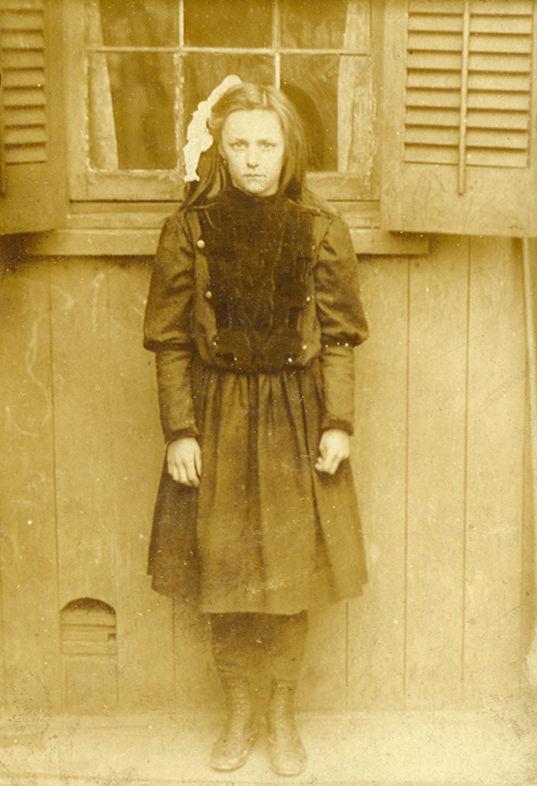 Rose Wieme Sederberg as a girl (early 1900s)