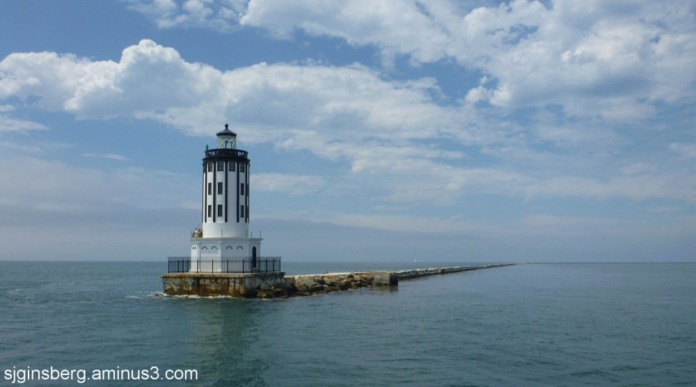 lighthouse at san pedro harbor breakwater