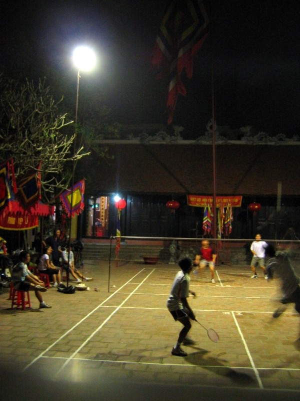 badminton in a temple