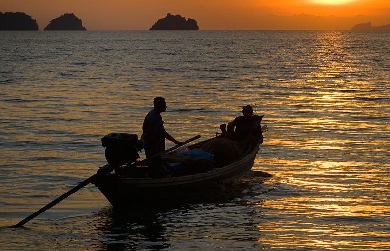 sunset zonsondergang vissers fishermen Samui