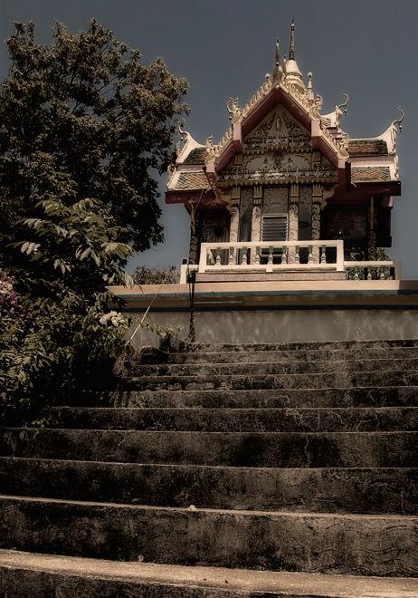 Wat Laem Sor Koh Samui Thailand temple