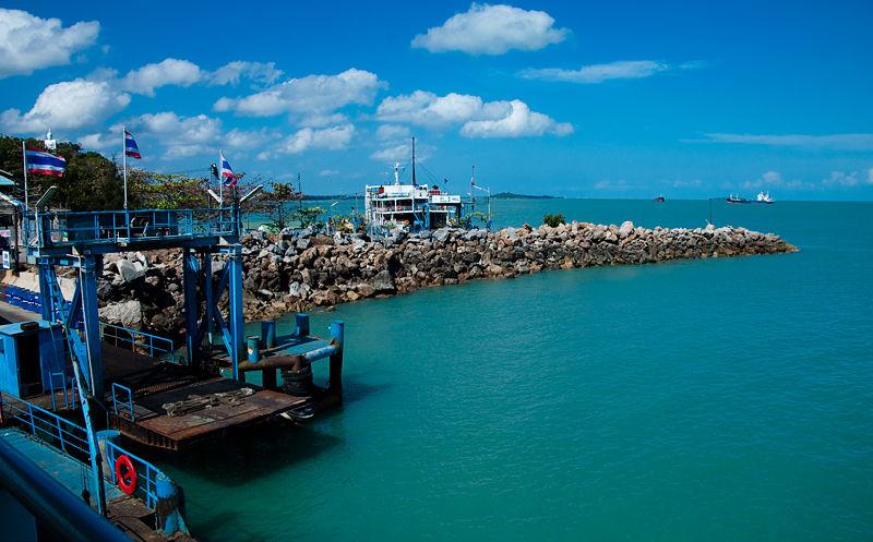 Donsak Radja Ferry Pier