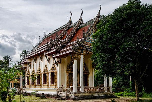 Wat Sa Ket temple Koh Samui Thailand viharn