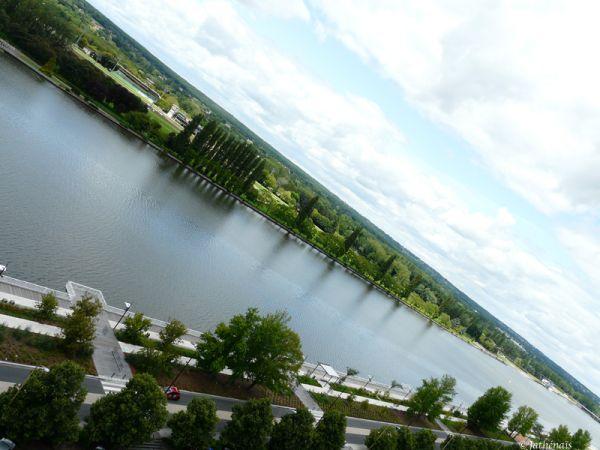 Plan d'eau et esplanade - Vichy