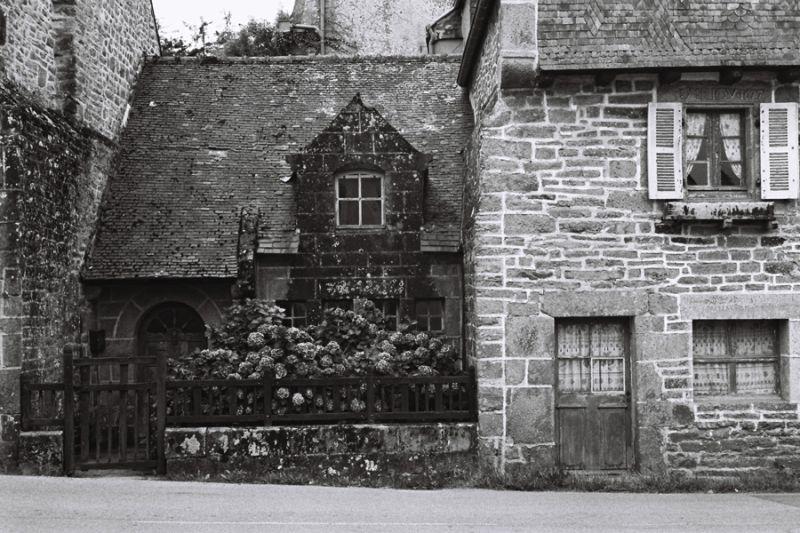 vieilles maisons 17eme siecle Pt Croix