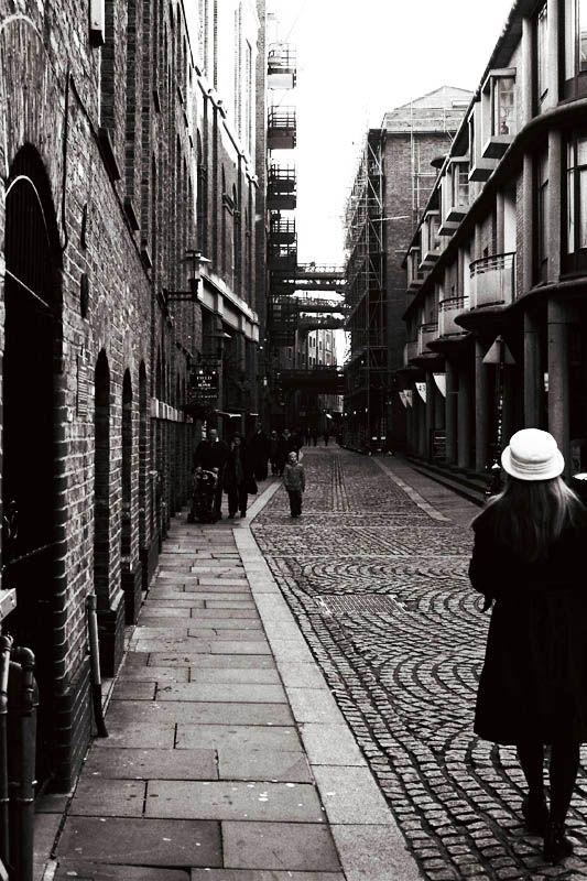 the wharfs - London