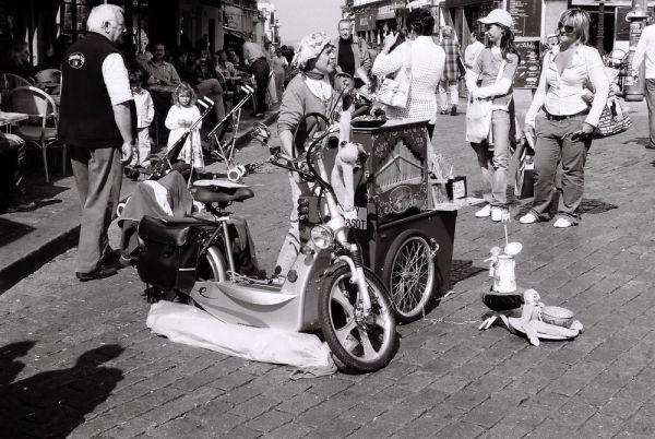 Scene de rue à Montmartre