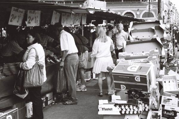 marché à Versailles