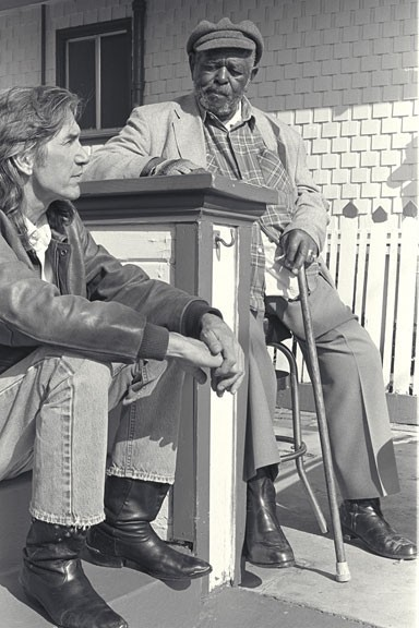 Townes VanZandt with McGhee at his Oakland Home