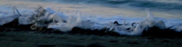 wave blurs.