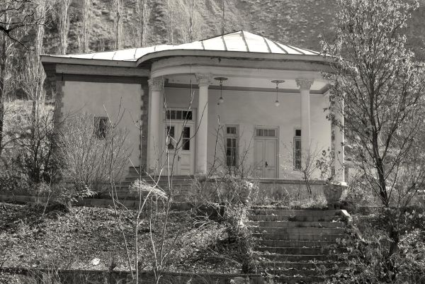 Gachsar Old Palace