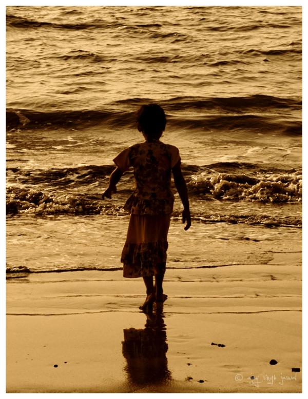 She Walks Like She Owns The Sea