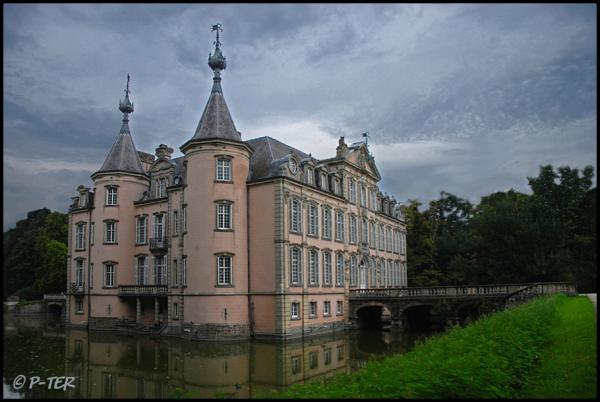 The castle of Poeke! (Belgium)