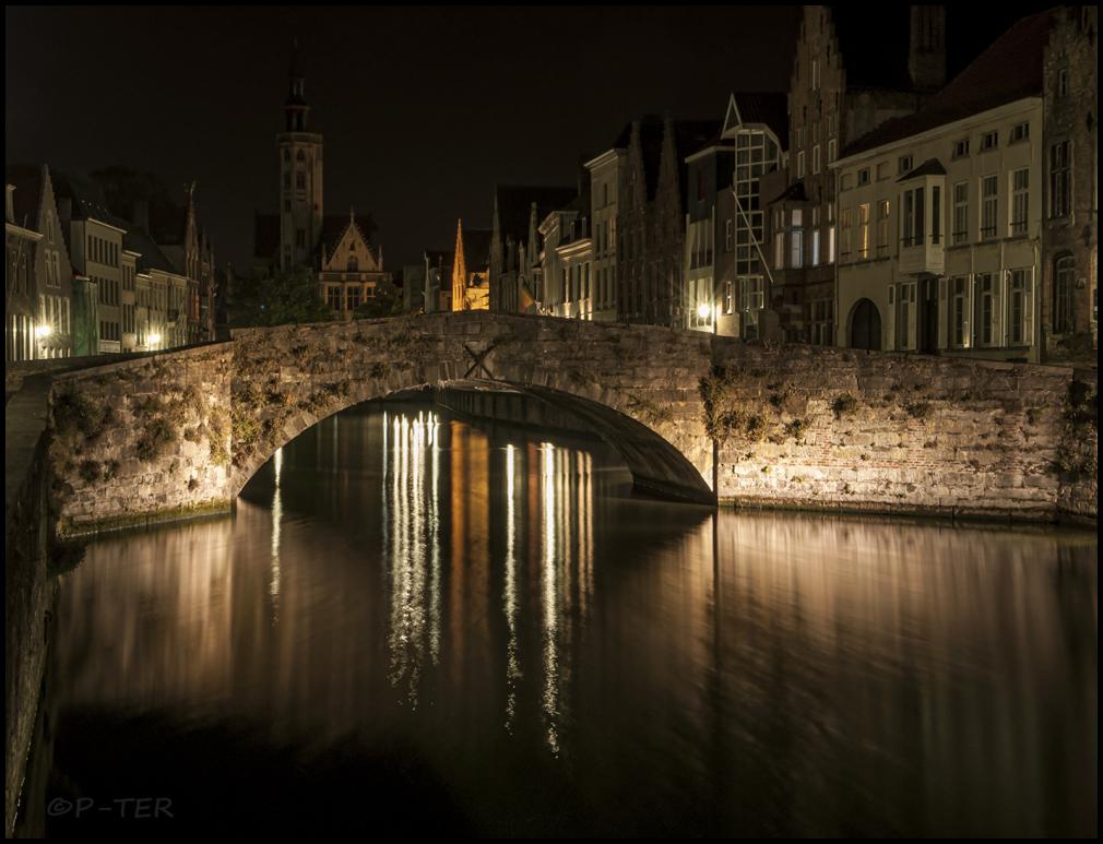 Bruges at night 2