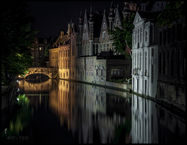 Bruges at night 3