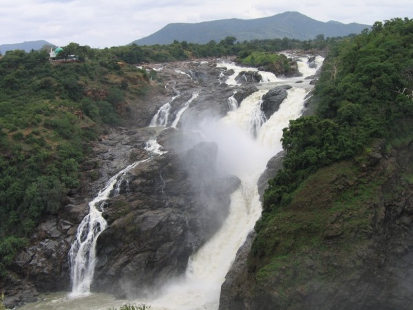 shivanasamudra waterfalls karnataka india