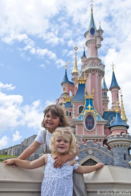 Noa & Evi @ Disneyland Paris