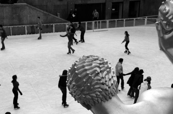 Ice skaters in Rockefeller Center