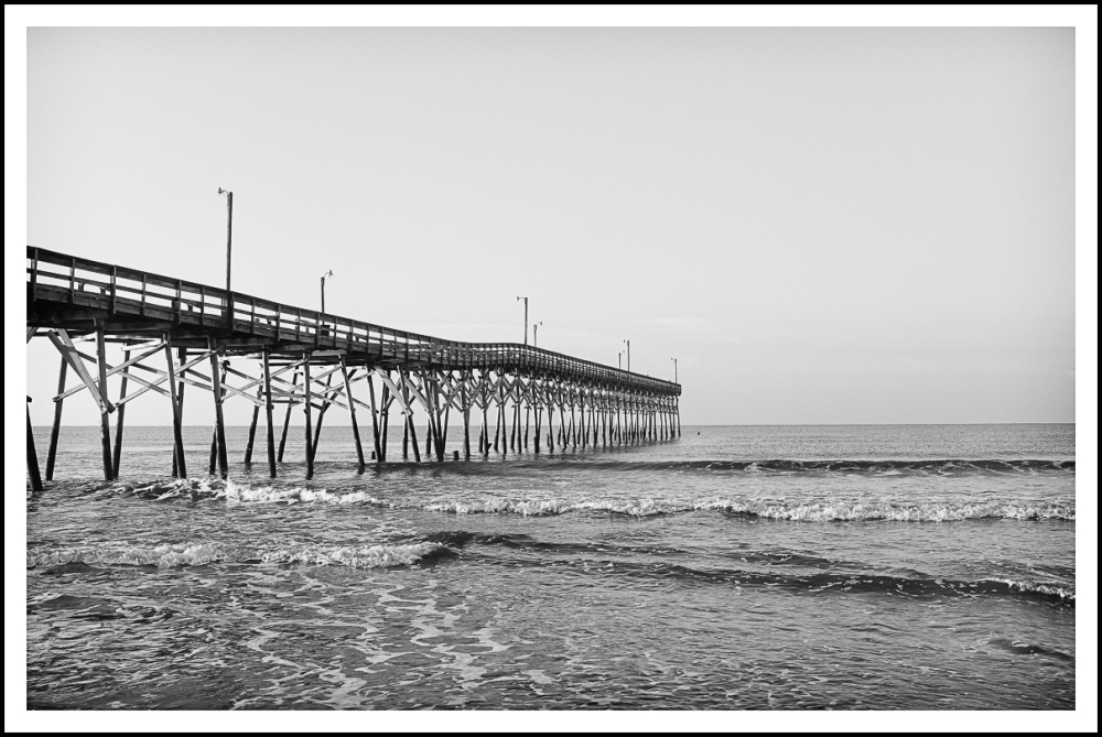 B&W Pier Holden Beach