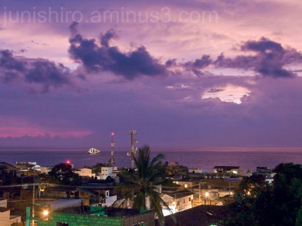 Puerto Vallarta, marigalante, purple Sunset.