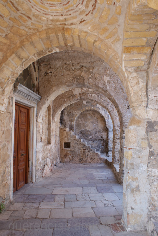 old mystras greece peloponnese