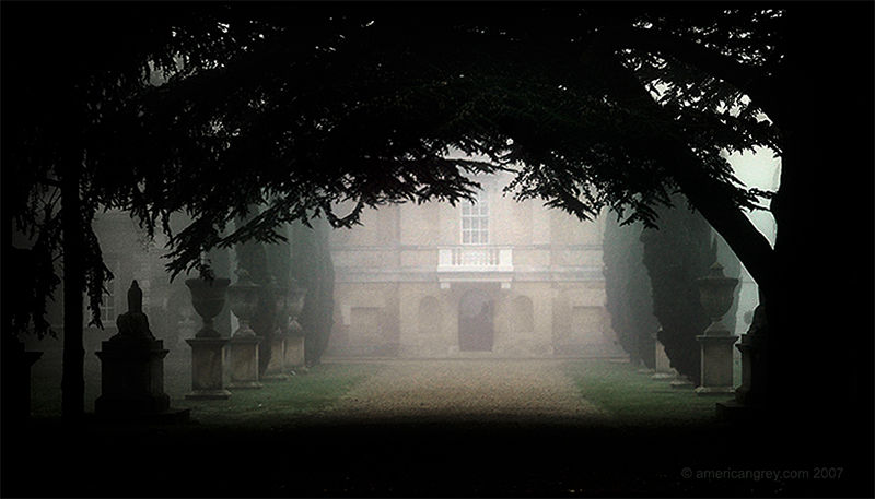 Villa in the Mist