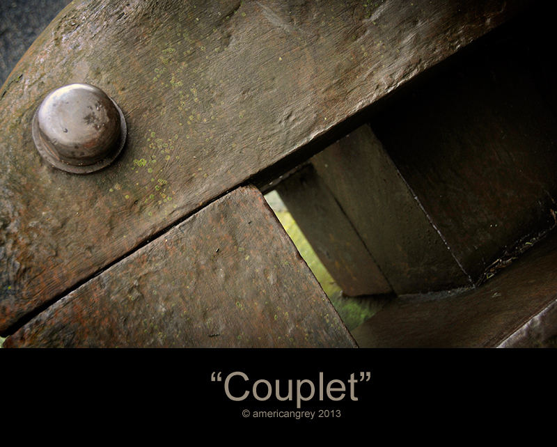 """Couplet"""