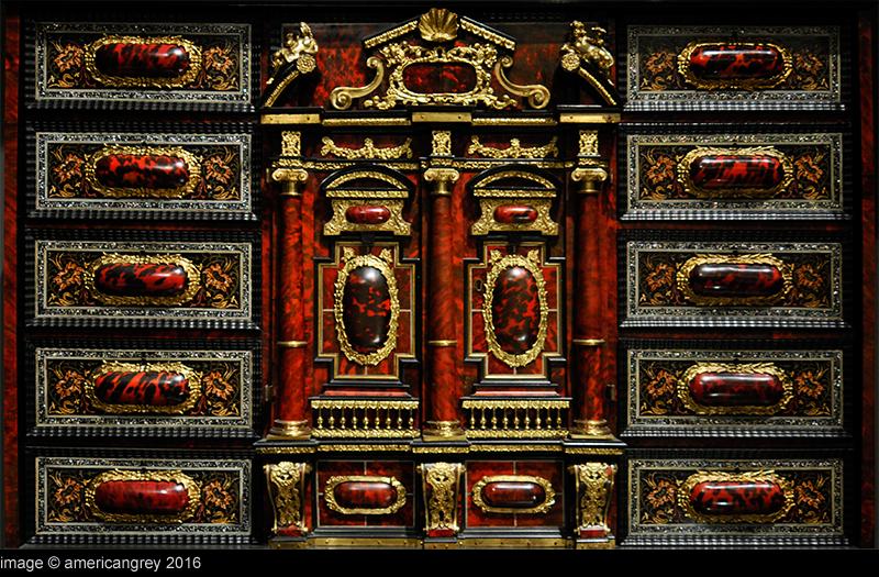 V&A 4/5 : Cabinet