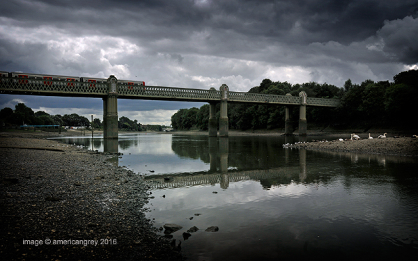 Kew Railway Bridge 2/3