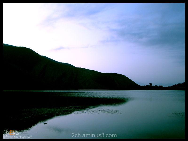 face to lake