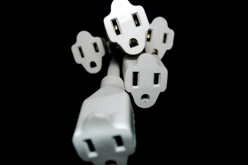Light on extension plugs