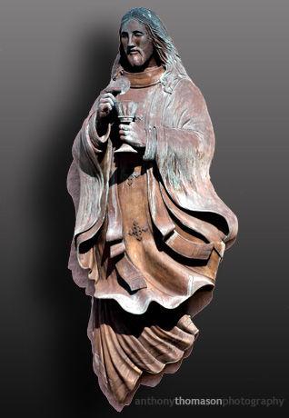 Sculpture of Jesus Christ on Corpus Christi Church