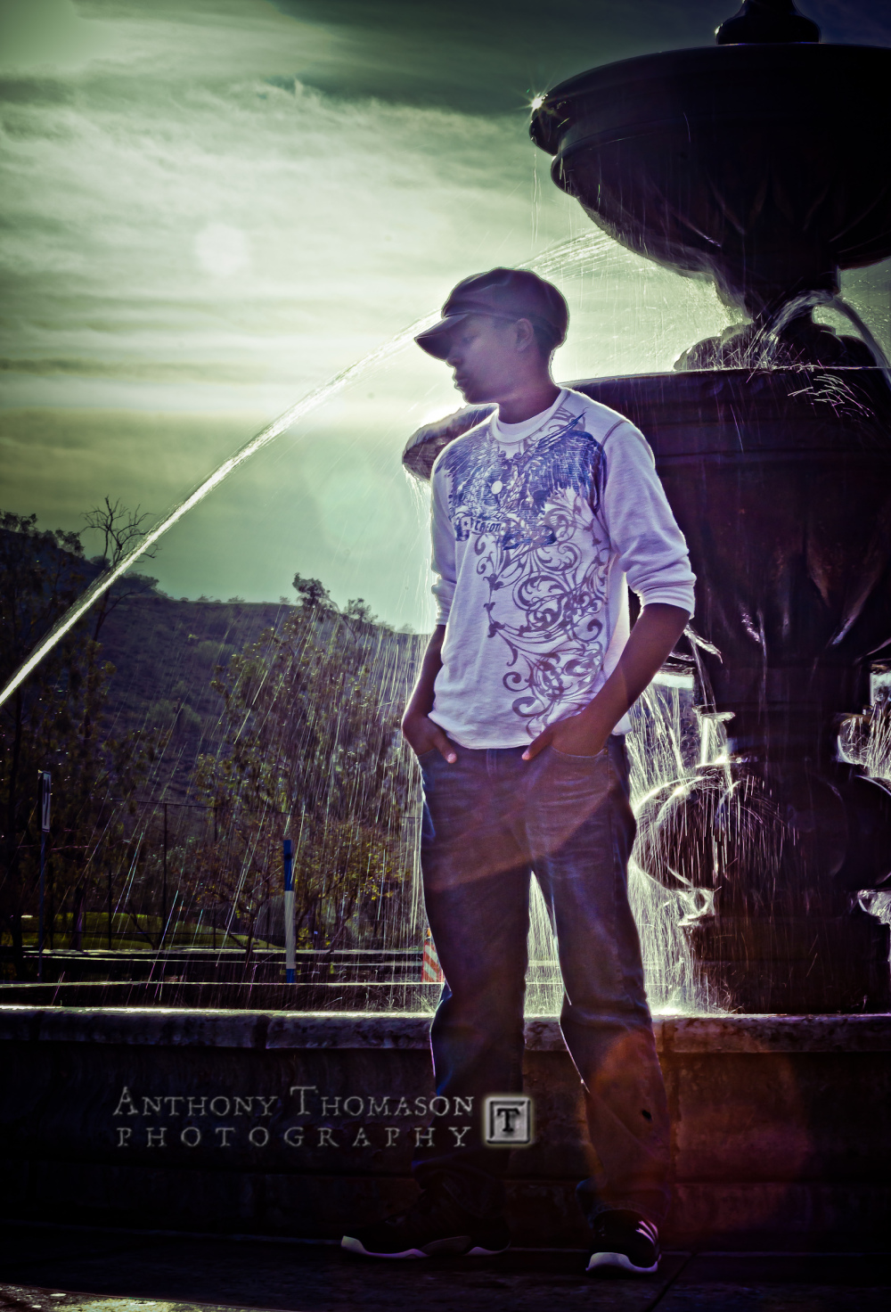 Playing with lens flare and a fountain