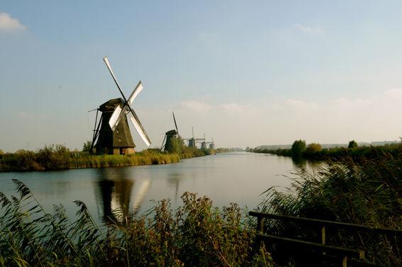 Holland (1)
