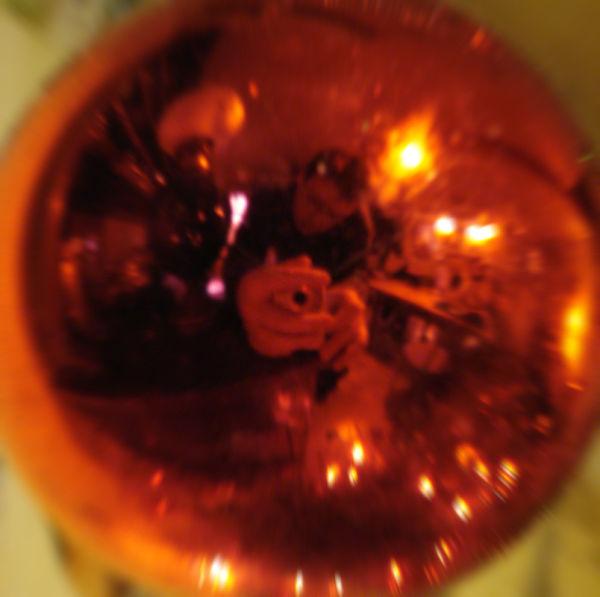 reflet boule de noel