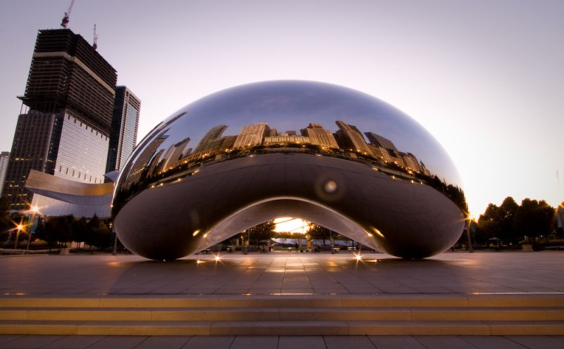 The Cloud Gate from the city side