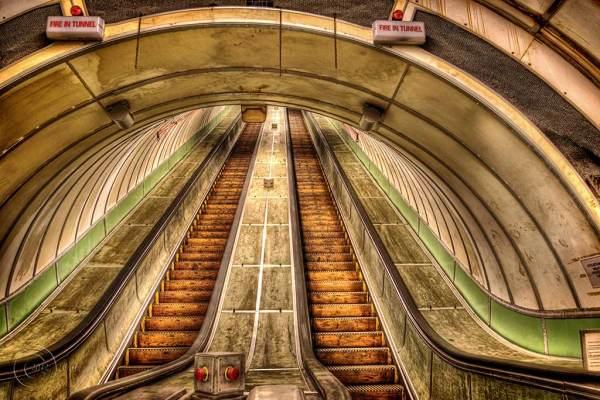 Tyne pedestrian tunnel , Jarrow.