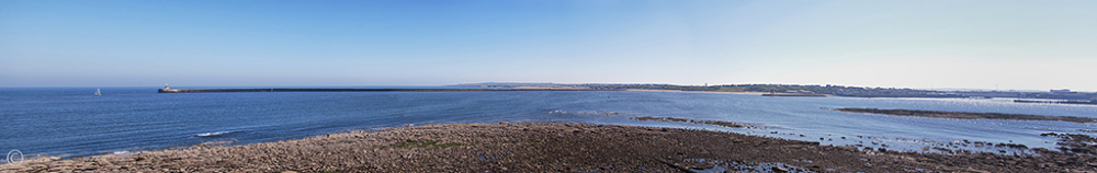 River Tyne at South Shields (panorama)