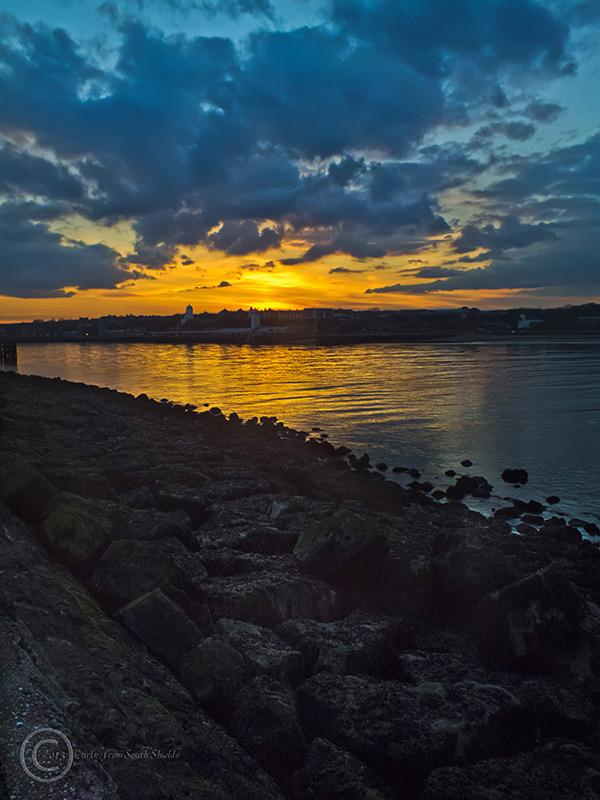 Groyne sunset, South Shields