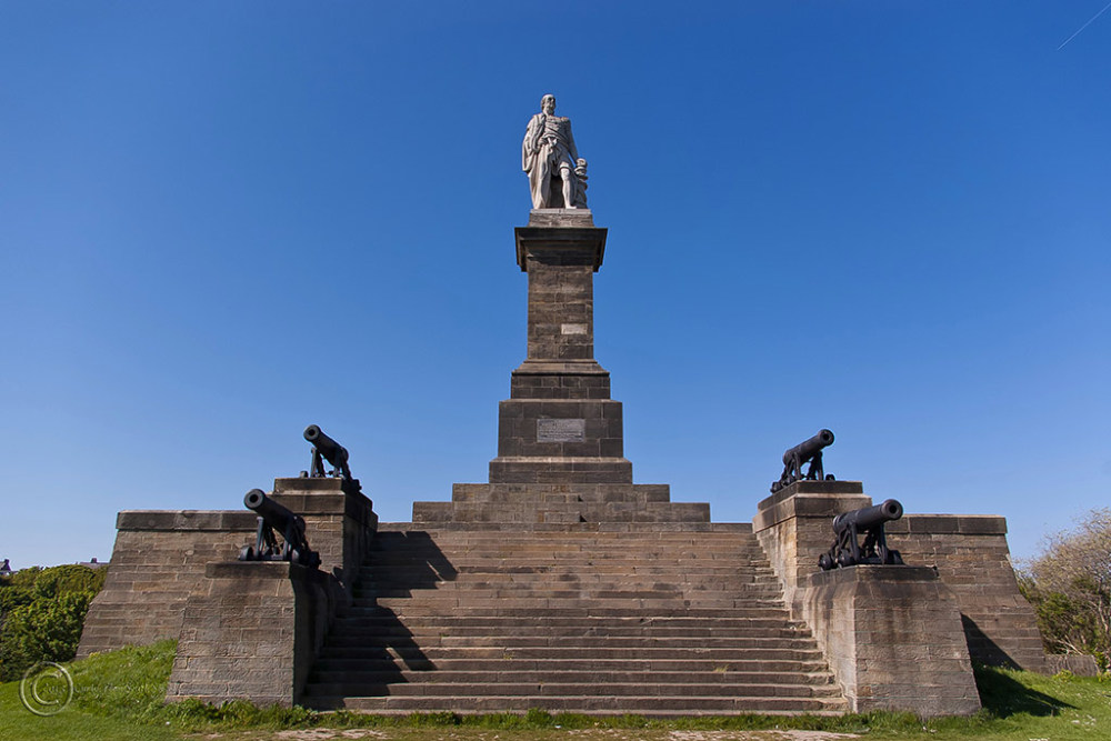 Statue to Lord Collingwood, Tynemouth.