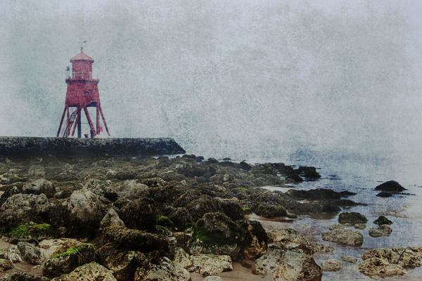 Groyne lighthouse, South Shields.