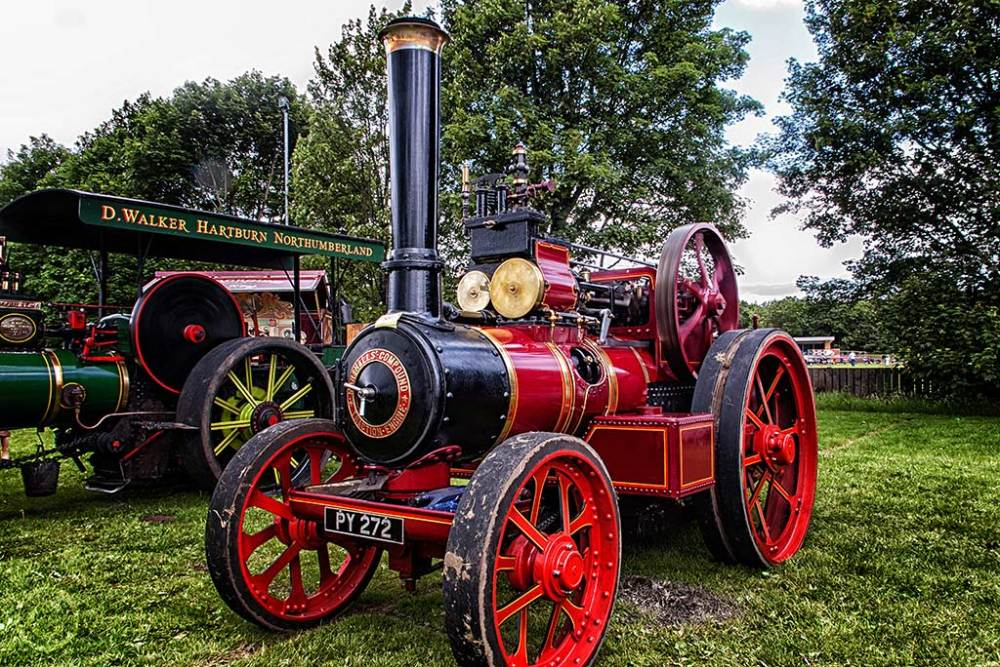 Red steam traction engine