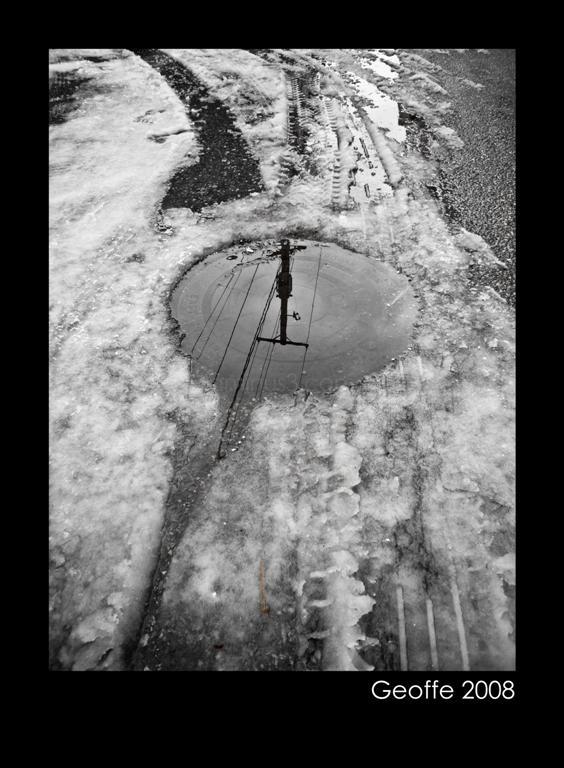 Reflecting Hole
