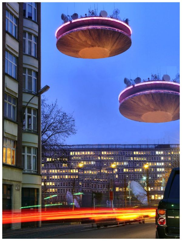Two UFOS land in the site of the RTBF
