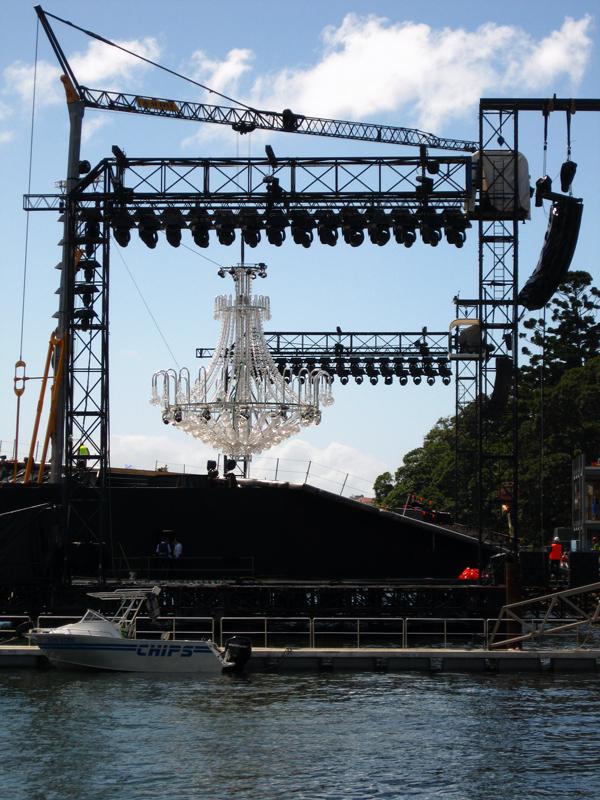 The stage frame in La Traviata