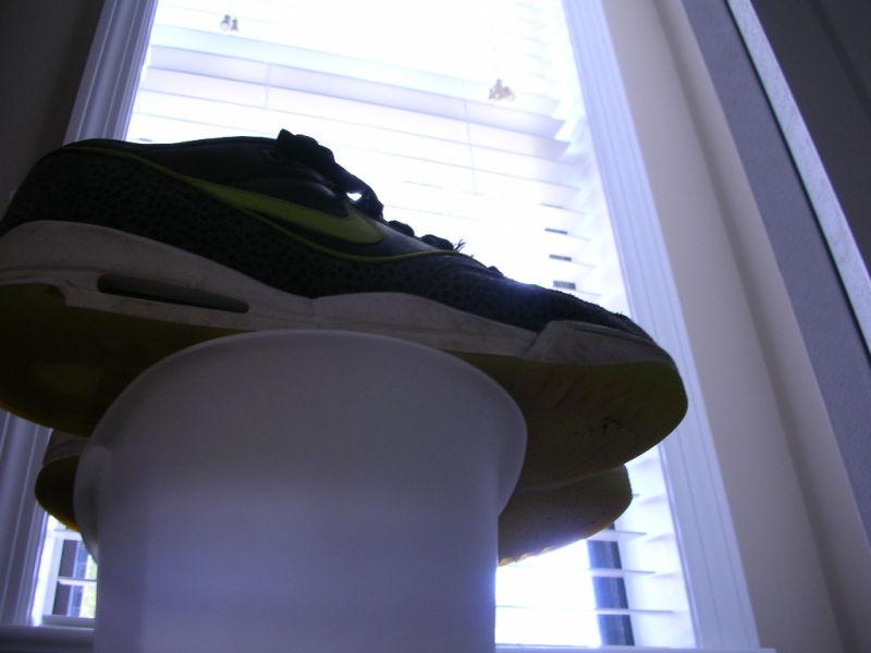 shoes 16