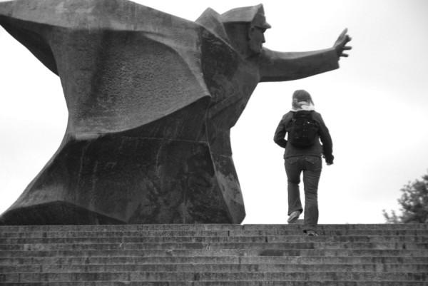 Ewa and Lenino monument in Warsaw
