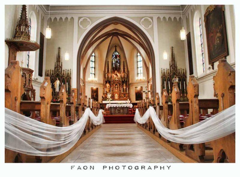 Chapel of love ...