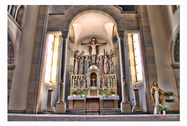 St Jean Népomucène ...