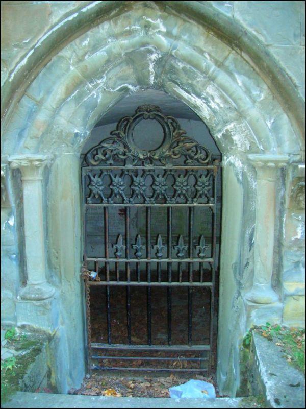 Crypt door